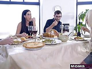 Mom Fucks Son & Eats Teenaged Creampie For Thanksgiving Treat