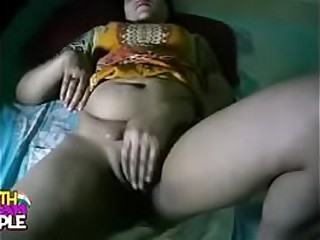 south indian bhabhi in tamil sex dusting