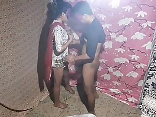 Indian Couple English Style Chudai With Sexy Young Bhabhi