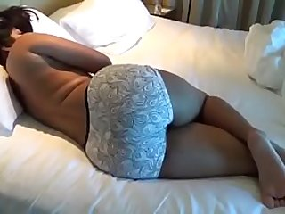 Big Ass Indian Aunt With Her Young Lover In Hotel Range To Film Aunty Nephew Sex