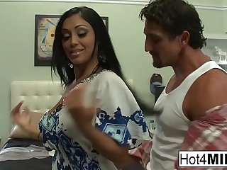 Big knocker Indian MILF gets a big load on her ass