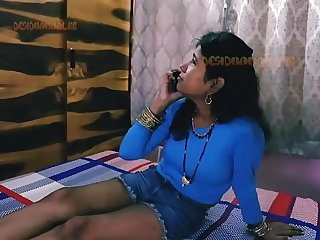 Frying Indian wife Savitha calls Lover for Sex.mp4