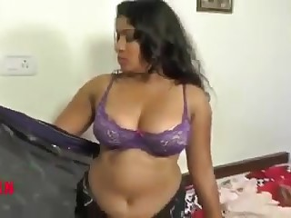 Indian Aunty having sex with neighbour guy