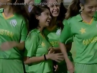 qmobile Boobs groping scene TVC Pakistani Cricket Blurb 2016 desi pakistani indian
