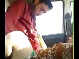 pakistani couple fucking on the car