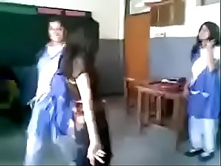 Pakistani Girl Dance in front be expeditious for Boys Prevalent Classroom
